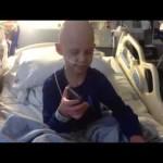 Christian Bale telefona para menino com leucemia que é fã do Batman