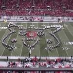 Banda marcial universitária faz homenagem épica aos games