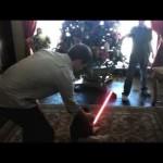 Não deixe um sabre-de-luz perto do seu filho pequeno