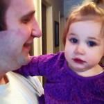 Eis o que acontece quando um pai tira a barba