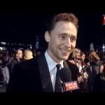Esse é o Loki imitando o Samuel L. Jackson e o Alan Rickman